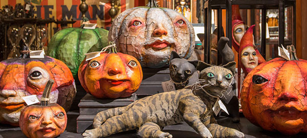 Rogers Gardens Halloween Bootique 2015