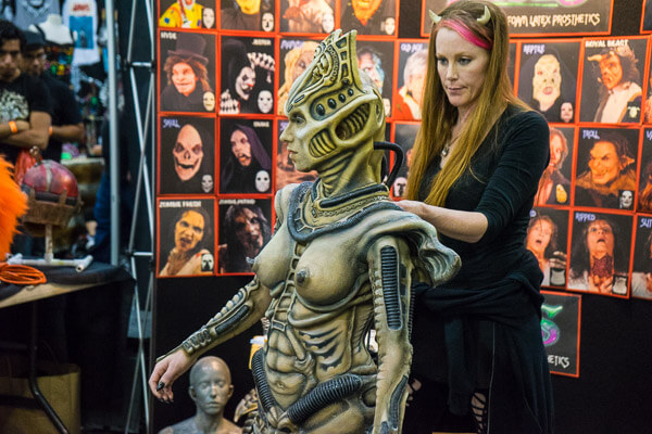 Alien Makeup Demonstration at Monsterpalooza 2016 Pasadena