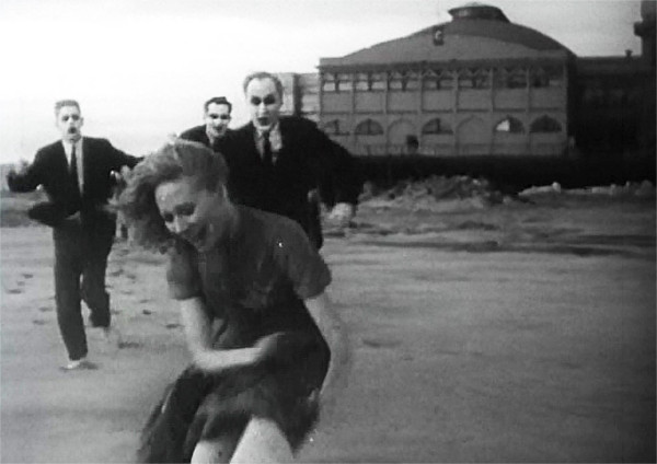 Running away Carnival of Souls