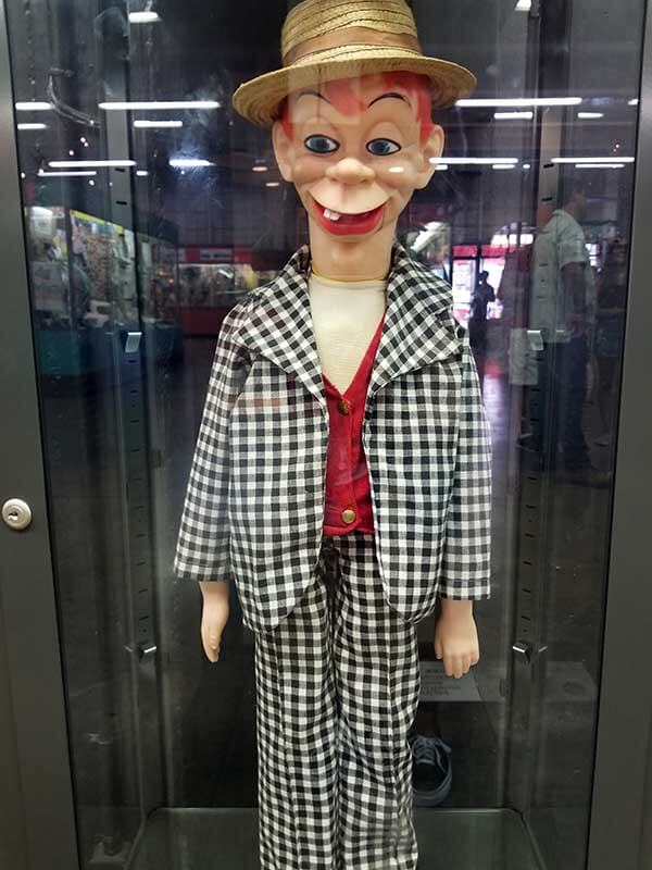 Creepy howdy doody puppet